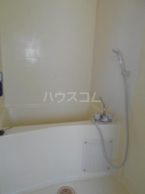 江戸川荘 203号室の風呂
