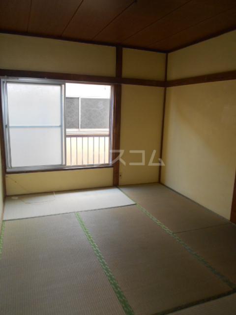 江戸川荘 203号室のリビング