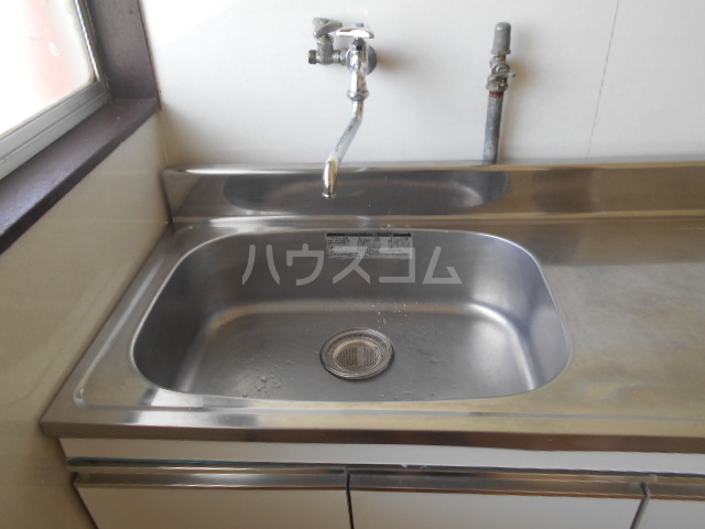 江戸川荘 203号室の居室