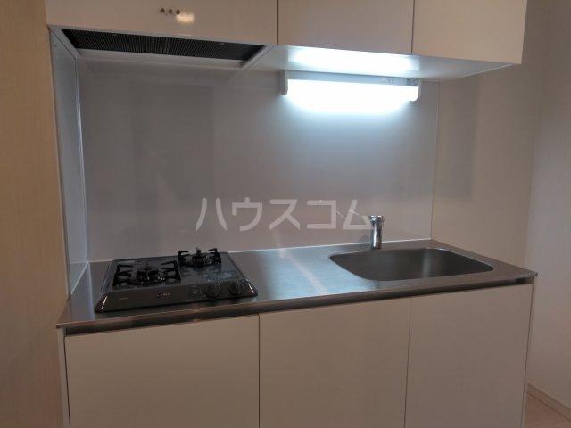 オリーブハウス 202号室のキッチン