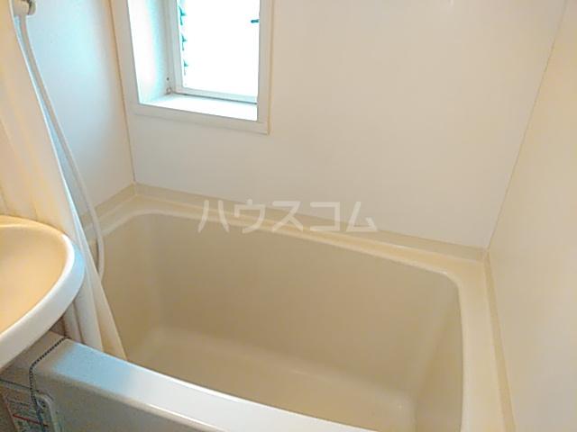 ニチエイハイツ 101号室の風呂