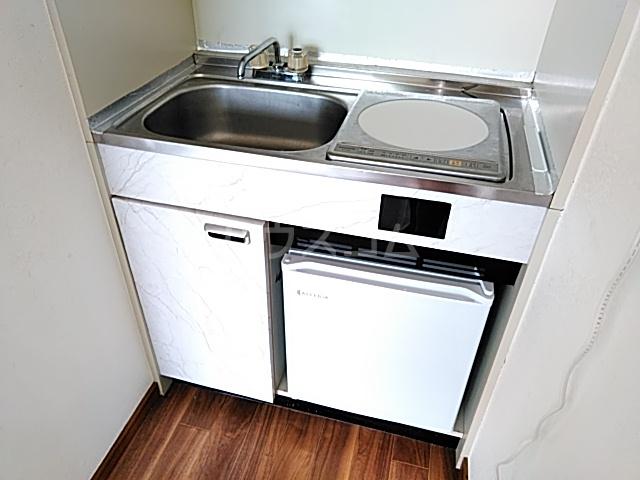 ベルポート日吉 203号室のキッチン