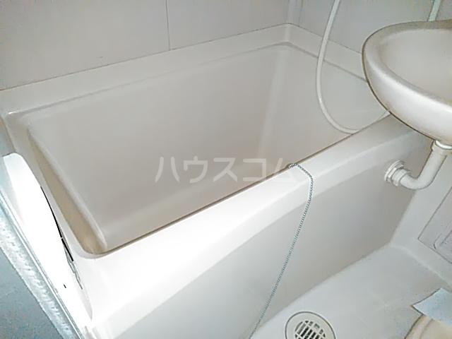 ベルポート日吉 203号室の風呂