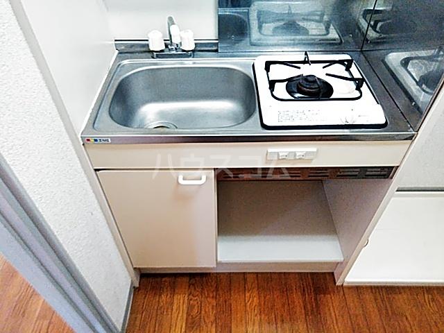 アビタⅡ 205号室のキッチン