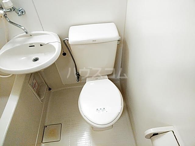 アビタⅡ 205号室のトイレ