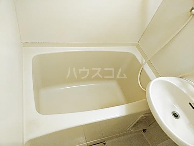 アビタⅡ 205号室の風呂