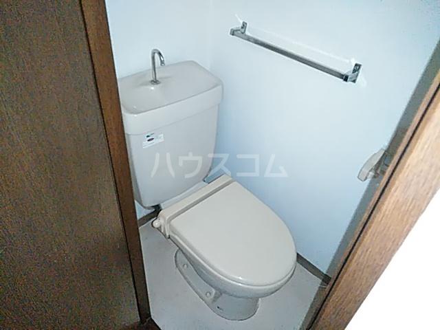 シティハイム日吉 102号室のトイレ