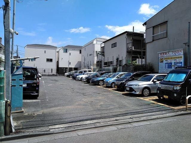 スカイコート綱島第2 514号室の駐車場