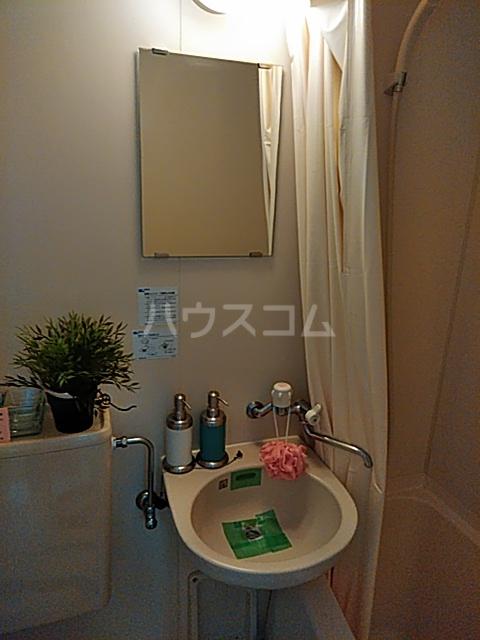 クリエイト・ハラ第一 102号室の洗面所