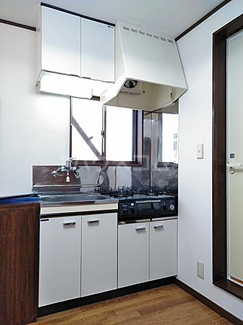 クリエイト・ハラ第一 202号室のキッチン