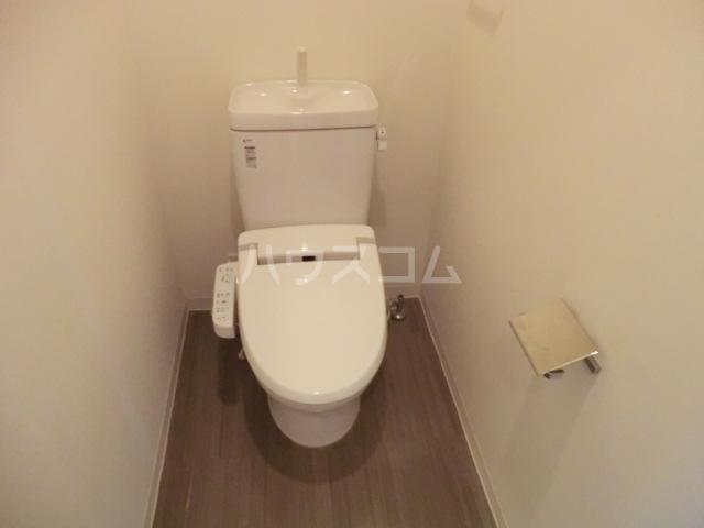 アーデンコートつつじヶ丘B棟 2303号室のトイレ