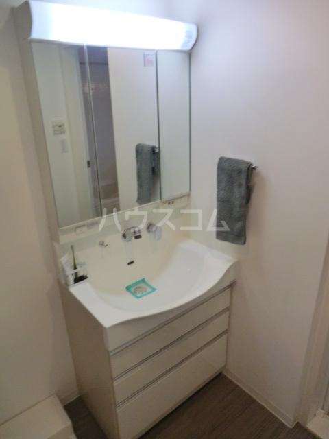 アーデンコートつつじヶ丘B棟 2303号室の洗面所