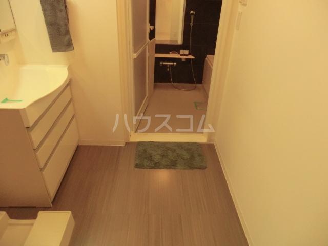 アーデンコートつつじヶ丘B棟 2303号室の玄関