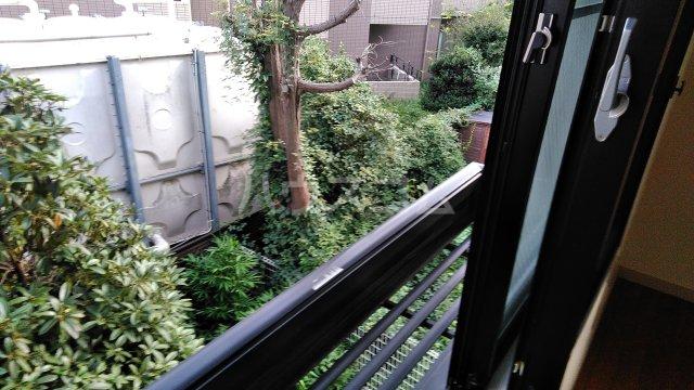 パインヒルズ仙川 207号室のバルコニー