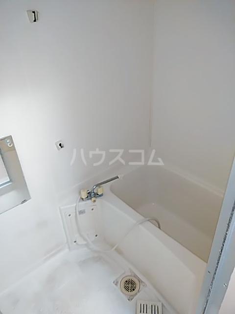 稲元ビル東伊場 401号室の風呂