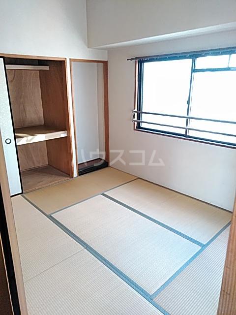 稲元ビル東伊場 401号室の居室