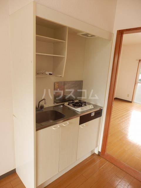 ビクトリアパレス 103号室のキッチン