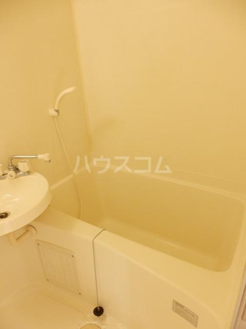 ビクトリアパレス 103号室の風呂
