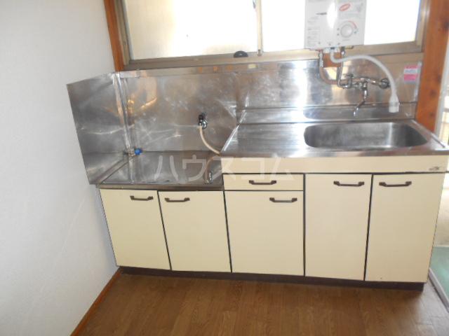 ハイライトコーポ 206号室のキッチン