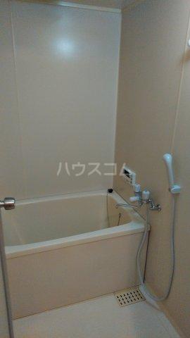 ジュネス浅間台 301号室の風呂