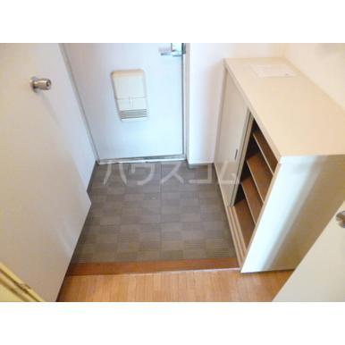 パークマンション上尾 203号室の玄関