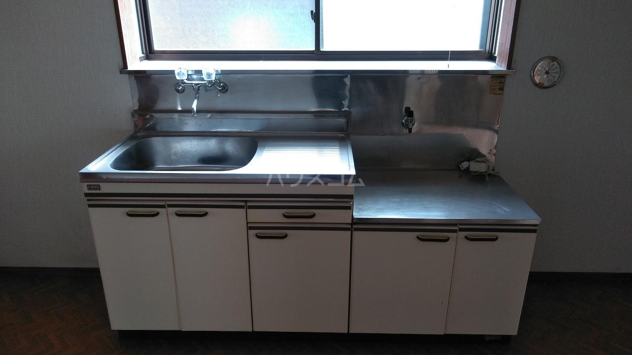 大室ハイツ 202号室のキッチン