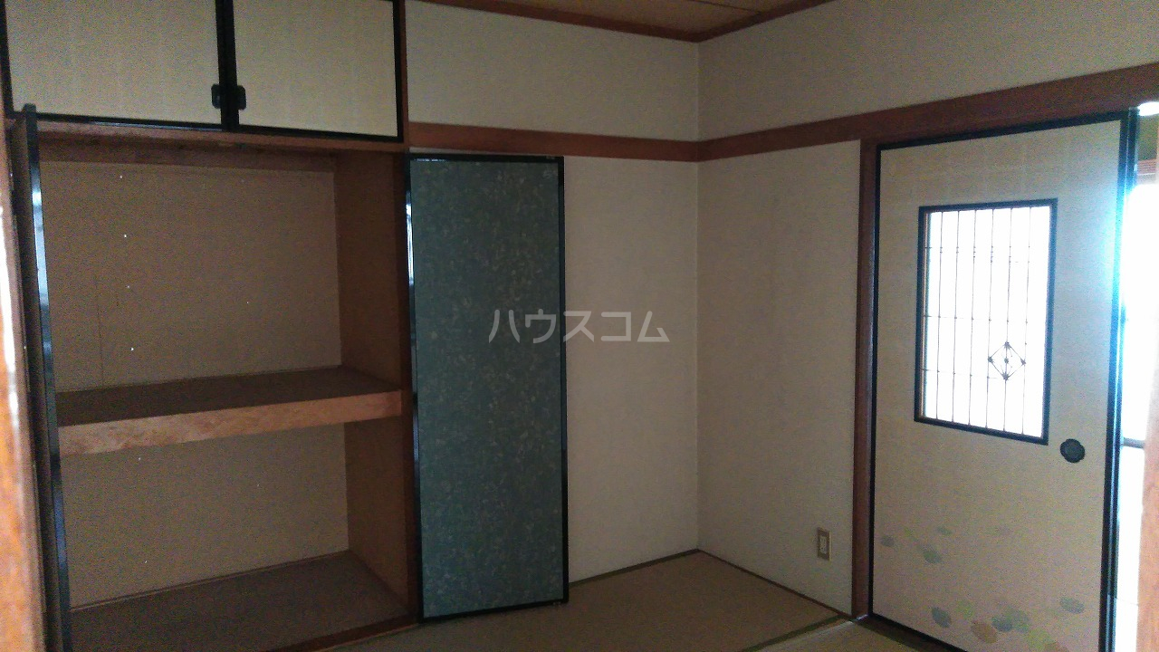 大室ハイツ 202号室の居室