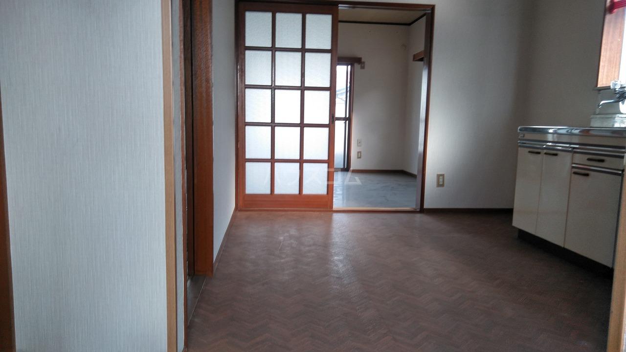 大室ハイツ 202号室のリビング