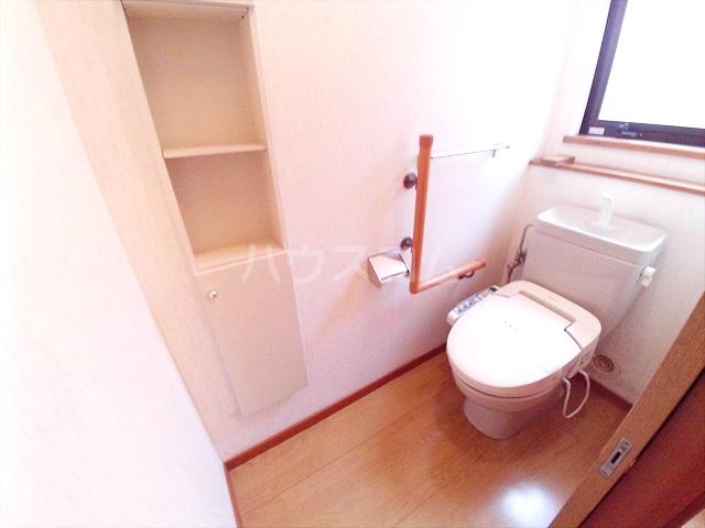 桶川西2丁目貸家のトイレ