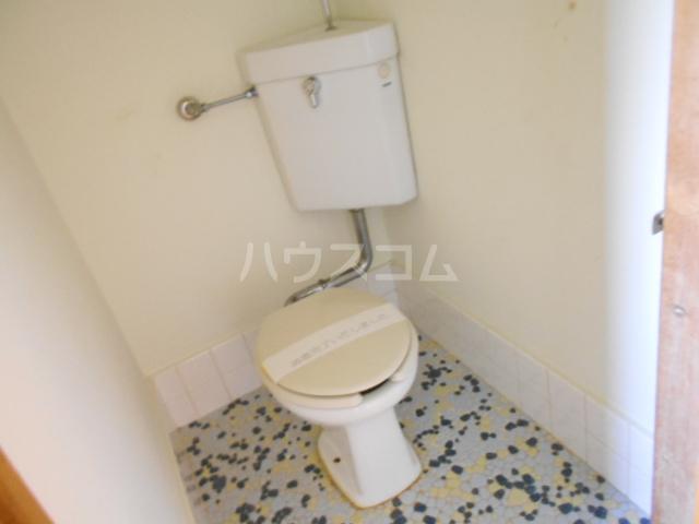 両国荘 202号室のトイレ