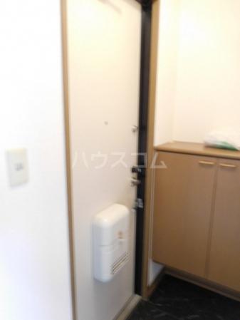 レディーバード 201号室の玄関