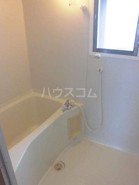 ガーデンパレスカネブン A 201号室の風呂