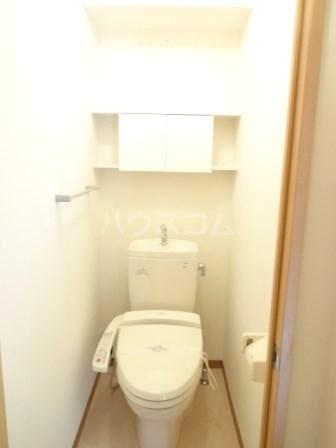 エヴァーグリーン 102号室のトイレ