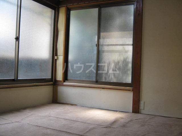 第3かしわ荘 11号室のバルコニー