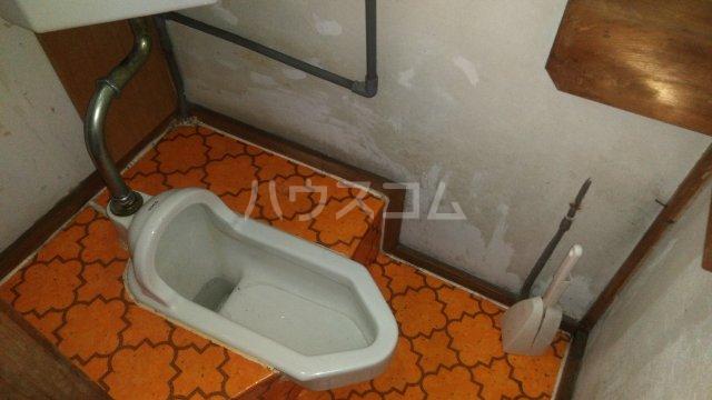 間宮荘 2号室のトイレ