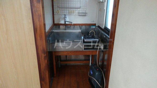 間宮荘 2号室のキッチン