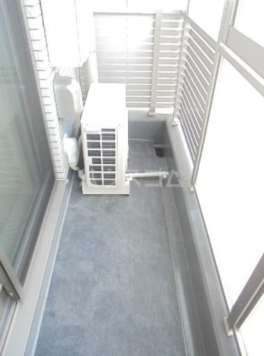 スカイコートグレース新宿中落合 112号室のバルコニー