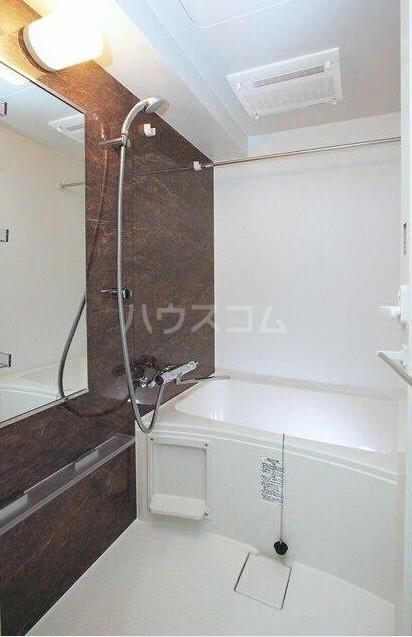 スカイコートグレース新宿中落合 201号室の風呂
