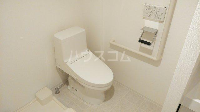 パティーナ東武練馬 302号室のトイレ