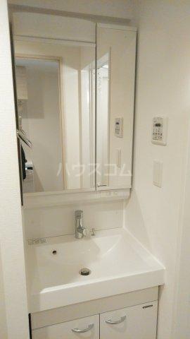 パティーナ東武練馬 602号室の洗面所