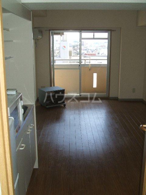 第3さくらマンション中央 403号室のキッチン
