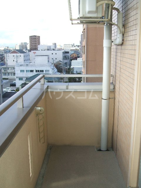 第3さくらマンション中央 403号室のバルコニー
