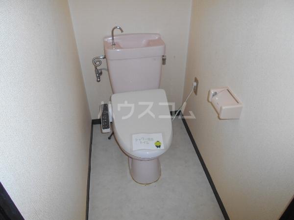 アベニューY・A・N 4B号室のトイレ