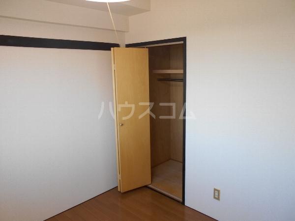 アベニューY・A・N 4B号室の収納