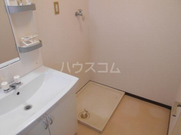 アベニューY・A・N 4B号室の洗面所