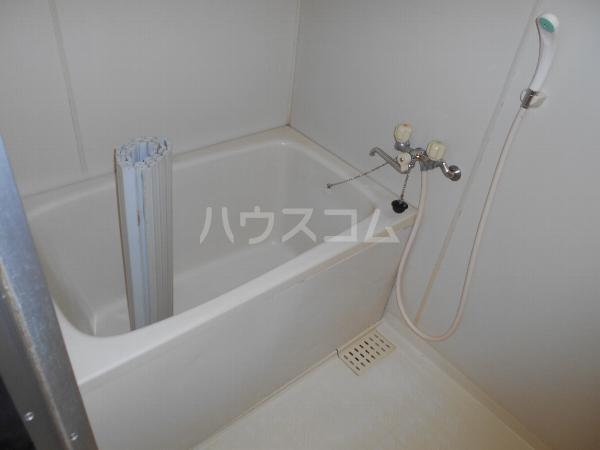 アベニューY・A・N 4B号室の風呂