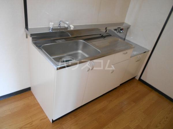 アベニューY・A・N 4B号室のキッチン
