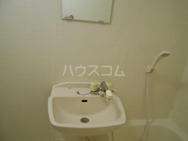 フォルツァ小牧 203号室の洗面所