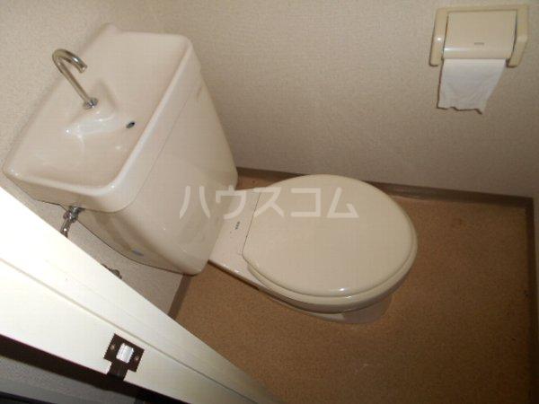 フォルツァ小牧 203号室のトイレ