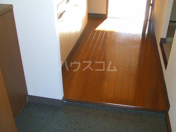 KEコーポM 201号室の玄関